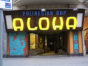 Entrance to Aloha Polinesian Bar in Barcelona