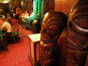 Tikis at the Munich Trader Vic's
