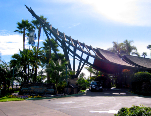 Dramatic A-frame porte cochere at Humphrey's Half Moon Inn in San Diego