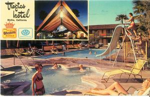 Postcard from Tropics Motel in Blythe