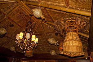 Lighting near reception at Trader Vic's in Tokyo