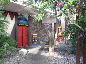 Exterior of Kon Tiki Lounge in Tucson