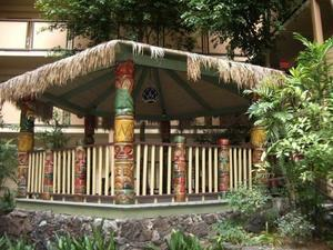 Gazebo at the Red Lion Hanalei Hotel in San Diego