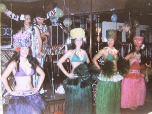 Polynesian dancers performing at Kona Kai in Philadelphia