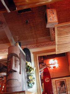 Moai and decor at Coconut Joe's in Bakersfield