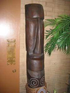 Moai in the entry at Hale Tiki