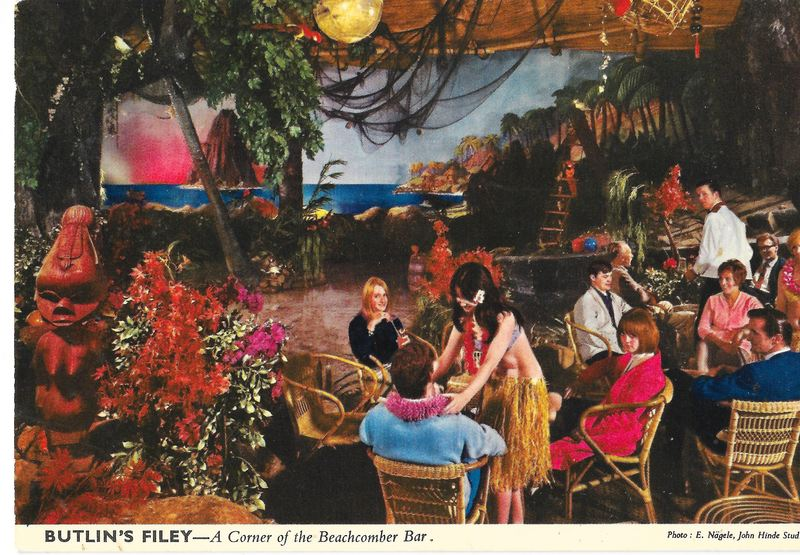 Par United Kingdom  city photos gallery : ... on a postcard from Butlin's Beachcomber Bar in Filey, United Kingdom