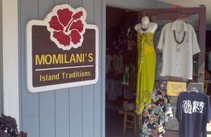 Store entrance at Momilani's in Dana Point
