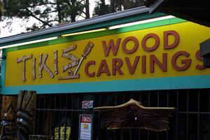 Sign for Tikis Woodcarvings in North Myrtle Beach