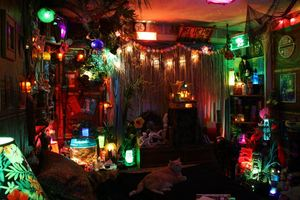 Castaway Clemens' Paradise Cove Tiki Lounge in Los Angeles