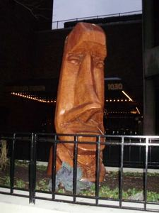 Moai outside Trader Vic's in Chicago