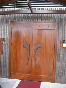 Doors to Trader Vic's in Los Angeles