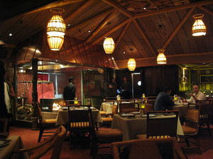 The dining room at Trader Vic's in Los Angeles