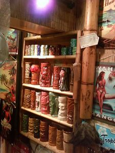 Tiki mugs at Beach Bumz in Kihei