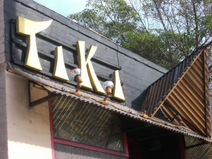 Exterior of Tiki-Ti in Los Angeles